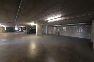 Parkolóház belülről, Orzcy tér