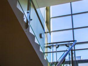 MedCity Egészségközpont lépcsőház