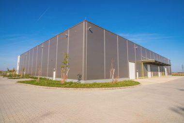 11.000 m² csarnok