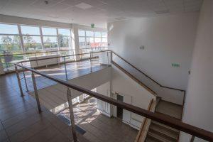 K1 Ipari Csarnok kiadó ipari lépcsőház