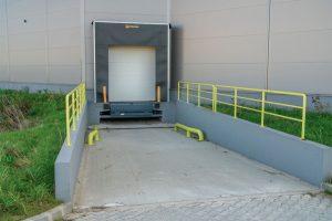 K1 Ipari Csarnok kamion dokkoló